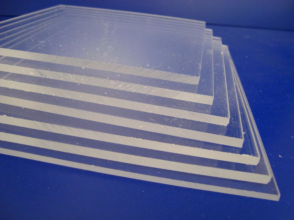 imagen que muestra varias placas de acrílico, fabricadas con diferentes tamaños y espesores , fábrica en zona sur, remedios de escalada